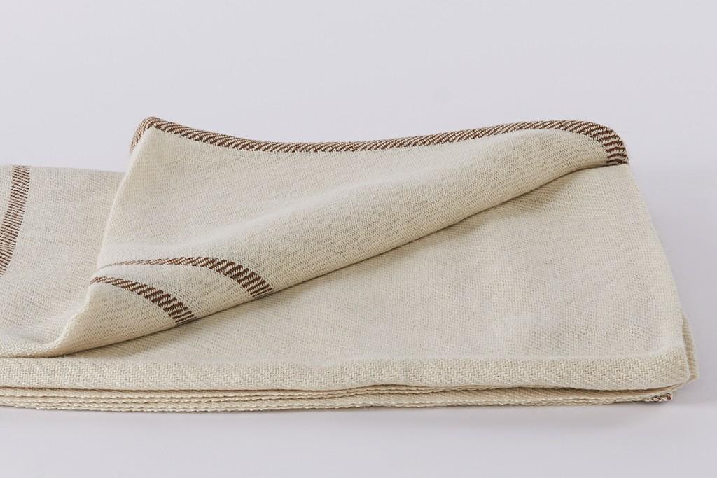 tundra-plaid-and-pillowcase-set-koko-klim-e3e