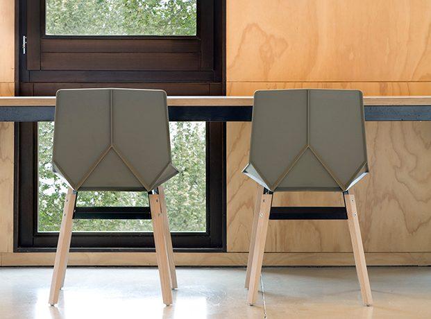 nowoczesne krzesla plastikowe