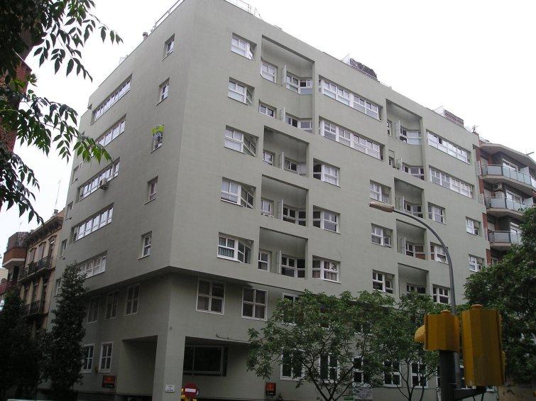 Can Bruixa Building 484