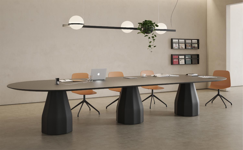 Kolekcja stołów Burin rośnie wraz z nowym modelem Burin H74