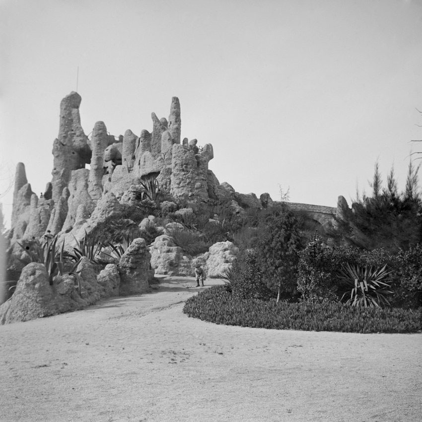 Frederic Bordas i Altarriba Reprodukcja gór Montserrat w parku Ciutadella 1888