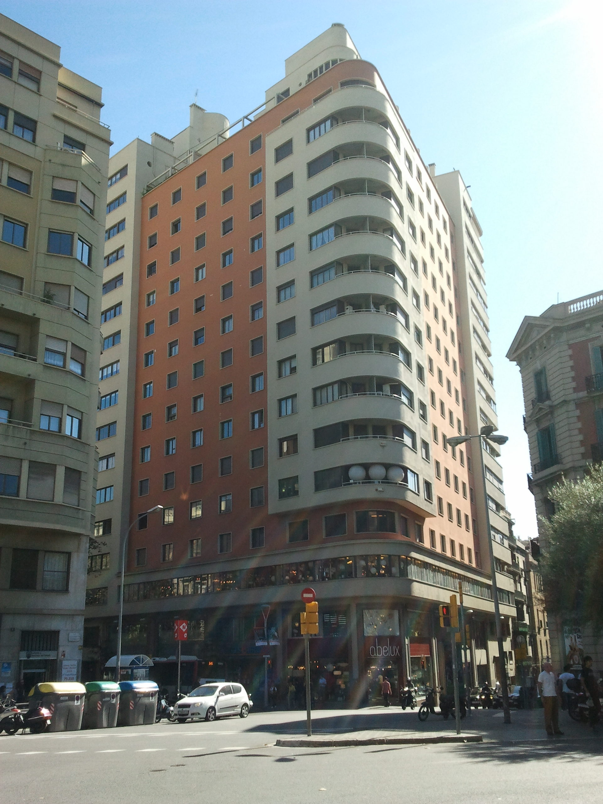 Wieżowce Urquinaona