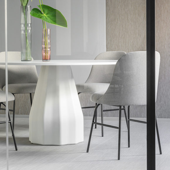 Viccarbe-Burin-Table-by-Patricia-Urquiola-6
