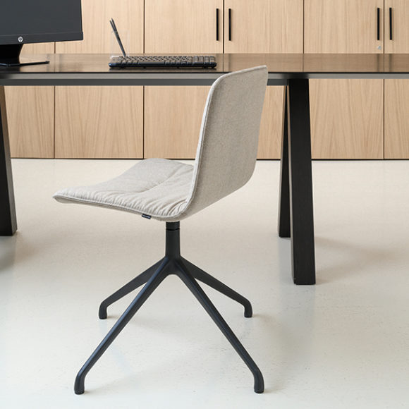 Viccarbe-Klip-Chair-by-Victor-Carrasco-6 (1)