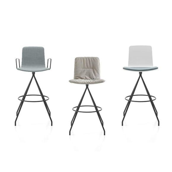 Viccarbe-Klip-stool-by-Victor-Carrasco-Slider-1